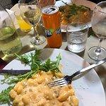 Foto di Trattoria e Pizzeria 'O Vesuvio