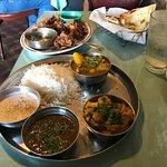 Taj Cafe Indian Cuisine Foto