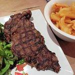 Steak & Chips at Bistro Teatro - Antibes, France (12/Sept/18).