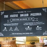 Cheeseboard Pizzaの写真