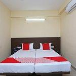 OYO 11343 Hotel Sai International