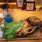 Pineapple burger with Hawaian soda