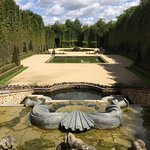 Фотография Versailles Gardens and French Cloister