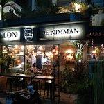 LEON DE Nimmanの写真