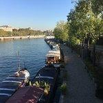 Foto de Paris 'Musts' - City Tour, River Seine Cruise and Lunch