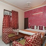 OYO 3071 Hotel Kamesh Hut