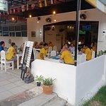 ภาพถ่ายของ ร้านอาหารกล้วยไม้สีขาว