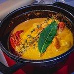 Volaille sauce foie gras et morilles Marmite du pêcheur