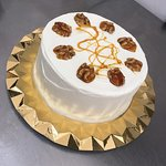 Millies New Vanilla and Walnut Cake with caramel coated Walnuts. #Milliestenerife