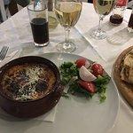 Фотография Avli Taverna Restaurant