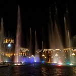 Photo de Dancing Fountains