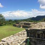 Zona Arqueologica de Yohualichan Foto