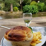 Foto de Vernes Restaurant & Tea Rooms