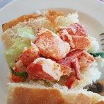 Photo de Lobster-On-The-Wharf Restaurant
