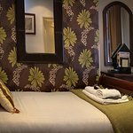 angel and royal hotel bedrooms