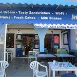 Jeni's Cafe