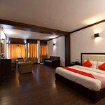 OYO 1430 Hotel Whispering Inn