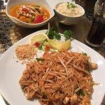 Charm Oriental Bar & Thai Restaurantの写真