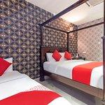 OYO 339 Victory Exclusive Hotel