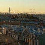 Вид с террасы, виден дом Бутурлиной