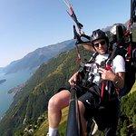 Photo of Como Lake Paragliding