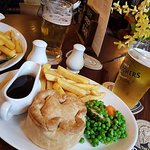 Peppered Mushroom Pie with chips