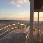 صورة فوتوغرافية لـ Chalet beach