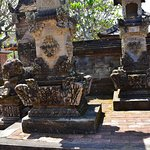 BATUAN TEMPLE (1)-01_large.jpg