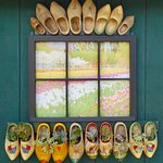 Great idea on how to use wooden shoes!