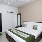 OYO 9368 Hotel Pratap
