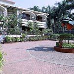 OYO 7293 Basilica Holiday Home
