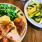 Panko crusted fish with peas, fries and green salad