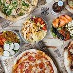 Pizzas y Ensaladas