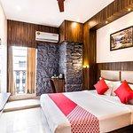 OYO 9395 Hotel Sea Grand