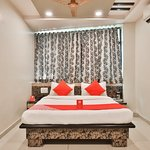 OYO 11450 Hotel Balaji