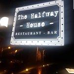 Фотография The Halfway House