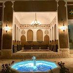صورة فوتوغرافية لـ Shazdeh Traditional Restaurant