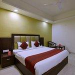 OYO 4107 Hotel Aroma Inn