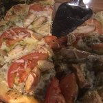 Pepperoni pizza의 사진