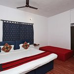 OYO 8503 Apartment Aakash Ganga