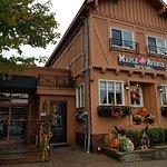 Bild från Maple Avenue Tap & Grill