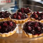 Raspberry and cardamon tarts