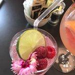 Bild från Lakeside Brayton Bar Restaurant Pub