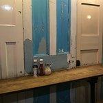 Love Walk Cafe: shabby chic decor!