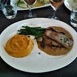 14 Poitine de veau du limousin confite crème champignons, mousse de carottes