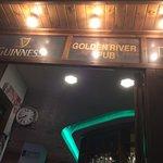 Golden River Pub의 사진