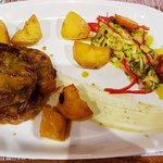 Foto de Colombo Kitchen & Bar