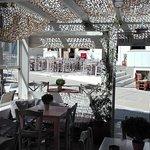 Φωτογραφία: Καφέ στου Περί