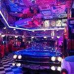 Foto de Filling Station Bar Cafe