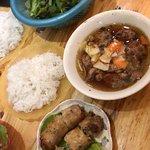 ภาพถ่ายของ Bun Cha Ta